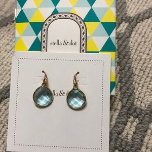 Stella and Dot Amity Drop earrings
